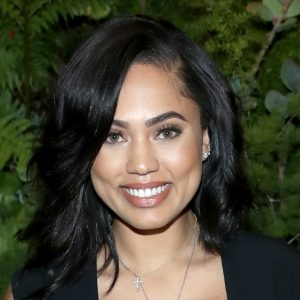 Quanto è Alta Ayesha Curry.